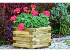 Zdjęcia przedstawiające różnego typu donice ogrodowe drewniane produkcji ZPD.